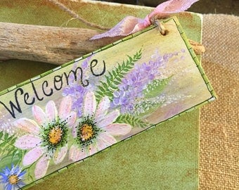Welcome Sign, Hand Painted Wood Sign, Front Door Sign, Home Decor, Housewarming Gift, Painted Daisies
