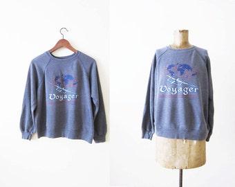 Vintage crewneck sweatshirt / 80s raglan sweater / Voyager airplane graphic pullover sweater