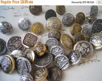 ON SALE 12 Vintage Metal Coat of Arms Buttons