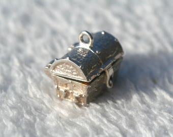 Vintage Silver Opening Hinged Pirates Treasure Chest Silver Charm 1960s
