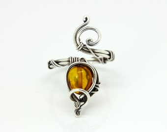 Amber silver ring 'Fire' - Natural Amber - Sterling silver ring - gemstone ring - Baltic Amber ring - healing crystals - birthstone ring