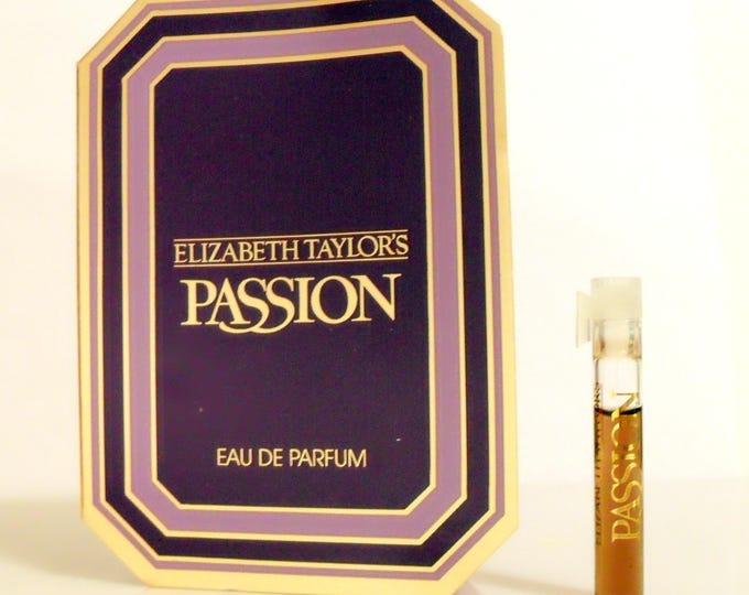 Vintage 1980s Passion by Elizabeth Taylor 0.03 oz Eau de Parfum Splash Sample Vial on Card PERFUME