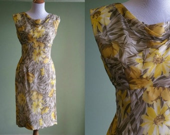 "1950s Sunny Wiggle Dress - Vintage 50s Sleeveless Dress - Pin Up - 29"" Waist"