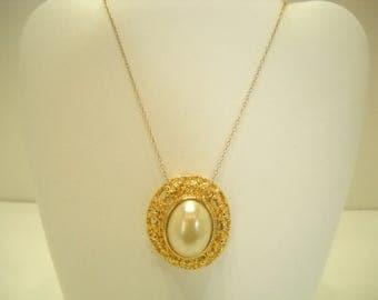 """Vintage Faux Pearl Pendant Necklace (7338) 14"""" 12kgf Chain"""