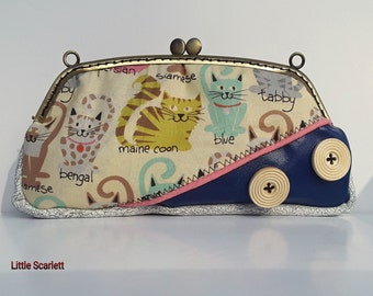 Grand door currency or retro bezel blue and white leather case and fabric cats