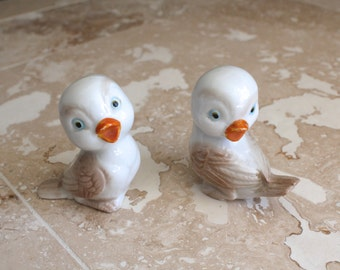 Anthropomorphic birds - porcelain baby birds - porcelain bird figurines made in Japan - bird figurine - glazed porcelain birds