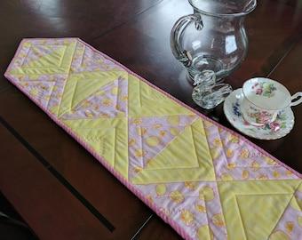 Table Runner, Dresser scarf. Lemons, Yellow, pink. Quilt Kit.