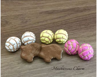 Concha Pan Dulce Mexican Bread 4 Pack Stud Earrings 3 colors