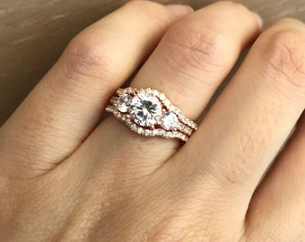 Rose Gold Bridal Set Ring- Three Stone Engagement Ring Set- Matching Band Promise Ring- Wedding Ring Set- Rose Gold Diamond Stimulant Ring