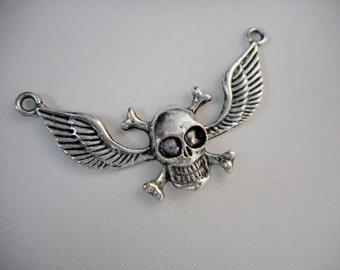 Antique Silver Skull Pendant, Bracelet connector, Jewelry connector, Connector Charms, Skull Pendants, Pendant connector, Jewelry Making