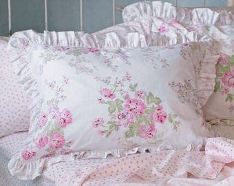 Rachel Ashwell Simply Shabby Chic Cottage Ruffled Pink and White Rose Bouquet Shams