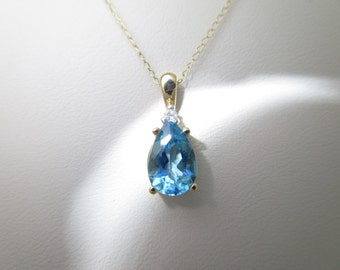 10K Solid Gold 1.40 ct AQUAMARINE & Natural DIAMOND Pendant On 18 Inch Chain NECKLACE