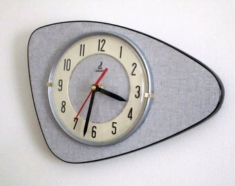 Quintessential 1950s Atomic Age Vintage French JAZ Wall Clock - Iconic Boomerang Shape - Perfect Working Condition - Mid Century Diamond