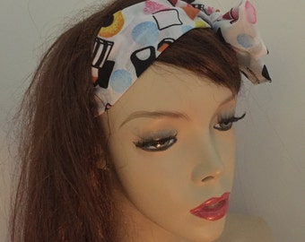 Self tie Bow Headband, White and Black Liquorice allsorts sweets Hairband, Head scarf 1940's Pin-up Vintage look