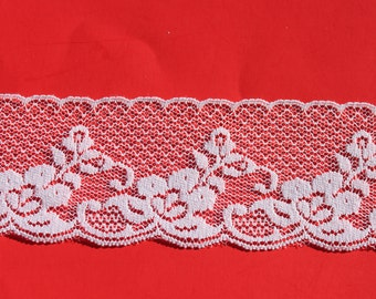 Vintage White Scalloped Flower Lace Trim, 2 inch wide Romantic Valentines Day Craft Scrap Booking Trim, 3 yards