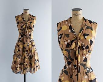 1960s Dress - Vintage 60s Atomic Print Dress - Elam House Dress