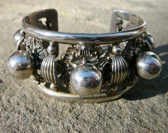 Peruzzi Bracelet,Peruzzi Jewelry,800 Silver Bracelet,Renaissance Revival Jewelry,Italian Bracelet,Italian Jewelry,Vintage Peruzzi SilverCuff