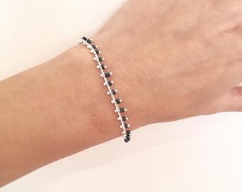Beaded chain bracelet - Black beads bracelet - Hippie chic bracelet - Layering bracelet - Minimalist boho bracelet - Christmas gift for her