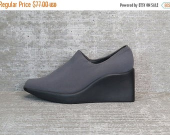 Vtg 90s Gray Iridescent Neoprene Stretchy Minimalist Wedge Shoes 6.5