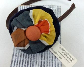 A DIAdem in soie pour elle. A DIAdem avec tissus. DIAdem of silk, headband original for the hair, headband gift
