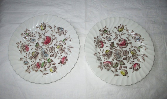 "2 Johnson Bros STAFFORDSHIRE BOUQUET Dinner Plates, Brown & Multicolor 9-7/8"" (c. 1970s)"
