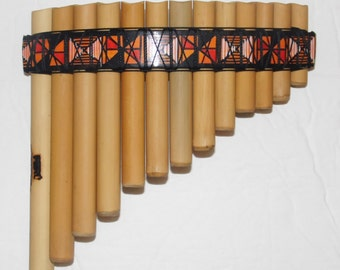Pan Flute 13 pipes - Inca Desings  from Peru - Item in USA -Case Included