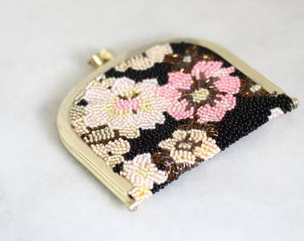 1970s floral change purse // beaded change purse // vintage beaded purse