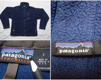 Vintage Retro Men's 90's Patagonia Fleece Synchilla Blue Zip-up Side Pockets Fleece Jacket Small Made in the USA
