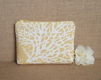 Zip Pouch / Coin Purse / First Aid Pouch / Bridesmade Gift / Teacher Gift in Coral Print