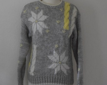 Light Grey / Silver Hand Knit Snowflake / Chunky Cable Knit Sweater - Women's Small to Medium