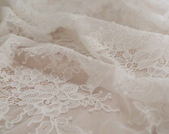 ivory French lace fabric,chantilly lace fabric, alencon lace fabric for bridal dress, French lace fabric on sale, 2017 new arrival