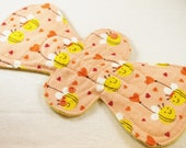 """Reusable Cloth Pad - 13"""" (33cm) Overnight/Postpartum with Double Flare - Bee In Love Flannel"""