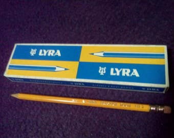 Vintage Lyra pencils 12 pencils original box new Germany one dozen yellow Lyra 2  vintage new