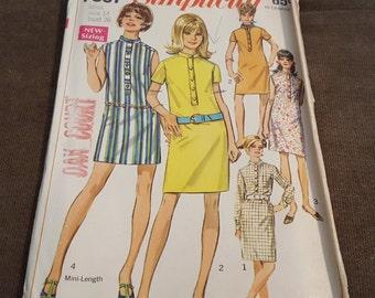 Vintage 1960s Pattern, CUT, Dress, Simplicity 7537, Miss Size 14 Bust 36