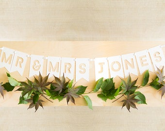 Custom Name Wedding Banner, Mr and Mrs Sign, Custom Wedding Signs, Personalized Wedding Banner, Mr and Mrs Banner, Wedding Photo Prop