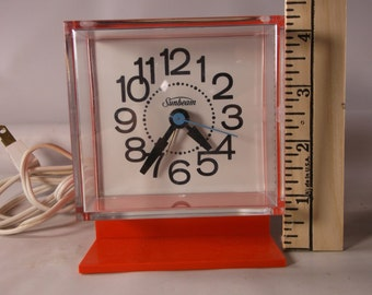 Atomic Age Clock- Vintage 70 s - Working- Sunbeam Electronics - Bright Orange/Red- Electric clock .epsteam