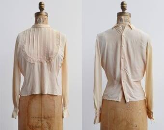 Teacake Blouse / 1940s rayon blouse / vintage peach pleated top