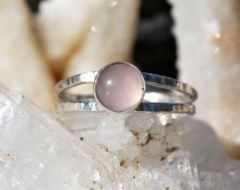 Rose Quartz Ring - Hammered Silver Ring - Pink Gemstone Stone Ring - Sterling Silver Ring - Natural Rose Quartz - Rose Quartz Solitaire Ring