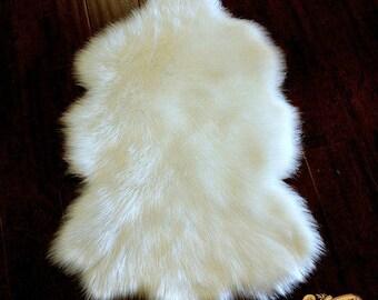 FUR ACCENTS Area Rug / Faux Sheepskin / Bohemian Shag Carpet / Shaggy Chic White Shag