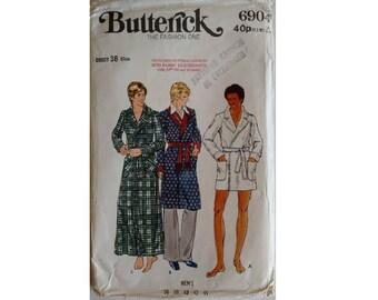"Vintage 70's Butterick #6904 Men's Dressing Gown Bathrobe Smoking Jacket Robe Size medium Chest 38"""