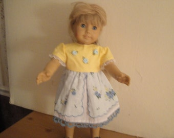 Hankie dress in yellow and blue
