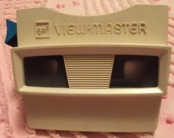 View Master - red and white with blue lever