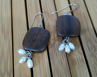 Wood with freshwater pearls, dangle earrings