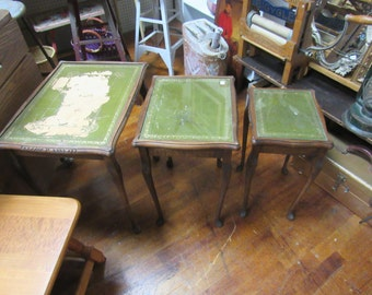 Nesting tables set of three