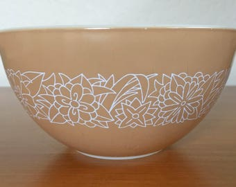 Pyrex Woodland Nesting Bowl