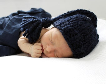 Baby Boy Hat, Newborn Photography Prop, Baby Hat Knit, Hat Navy- Daffodil Hat