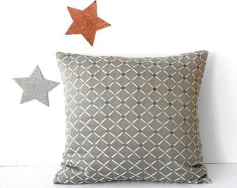 Grey Cream Pillow Cover, 18x18 Diamond Print Sofa Cushion Cover, Decorative Pillow Sham, Dove Gray Accent Throw Pillow Case