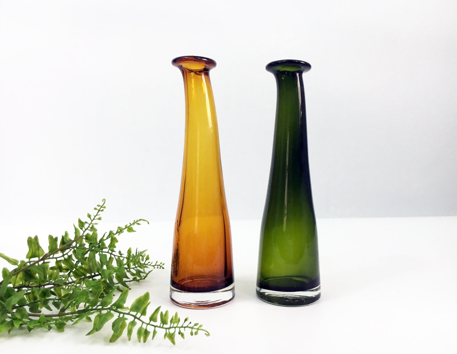 Tall glass vases vintage green and yellowamber hand blown tall glass vases vintage green and yellowamber hand blown retro mid century hand blown bright colored glass vase mod modern design reviewsmspy