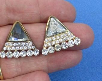 Retro Triangle Shaped Rhinestone Acrylic Cabochon Pierced Earrings TLC