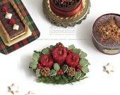 Christmas Table Centrepiece Candle Holly Berries Wreath Set- Christmas Accessories- in 1/12th miniature dollhouse Christmas Decoration